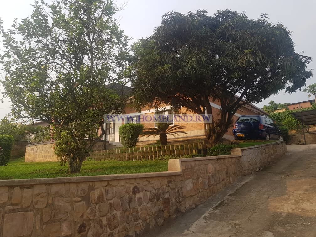 A House for rent in Nyarutarama