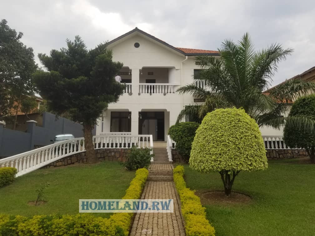 FULL FURNISHED HOUSE FOR RENT IN KIMIHURURA AT $1500