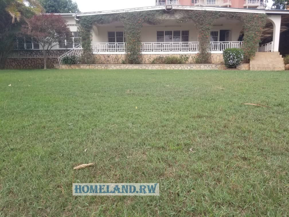 RESIDENTIAL HOUSE FOR SALE IN KIMIHURURA AT 250,000,000 Rwf
