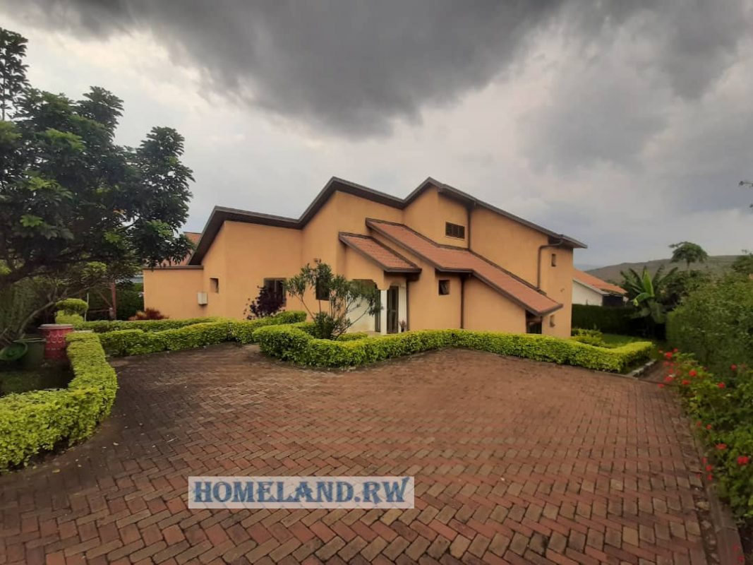 FURNISHED HOUSE FOR RENT IN KIGALI/GACURIRO