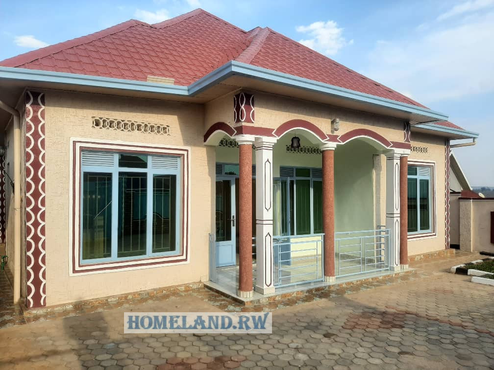 NEW HOUSE FOR SALE IN KANOMBE