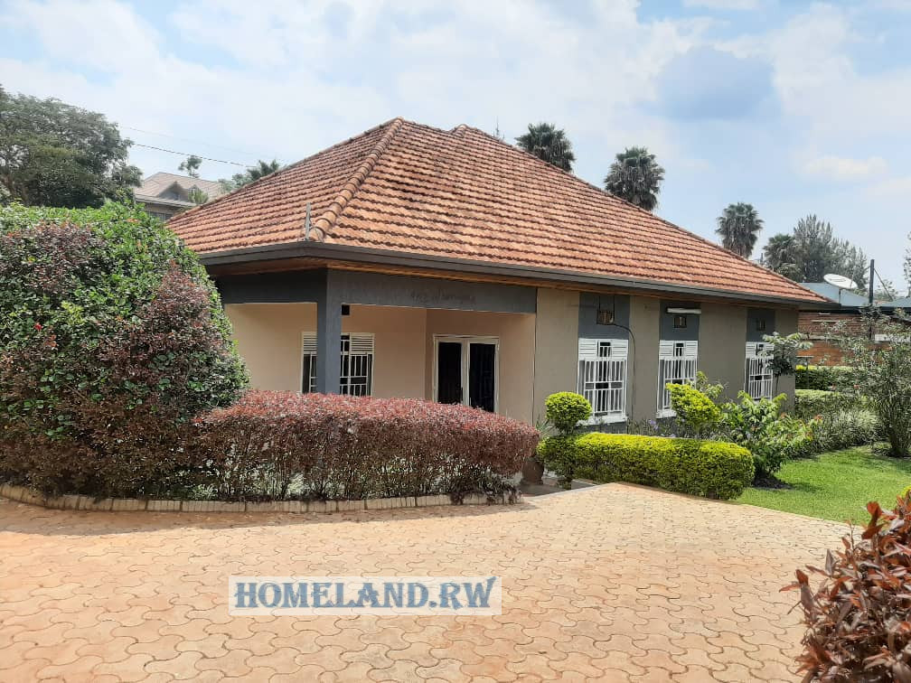 FULL FURNISHED HOUSE FOR RENT AT KACYIRU