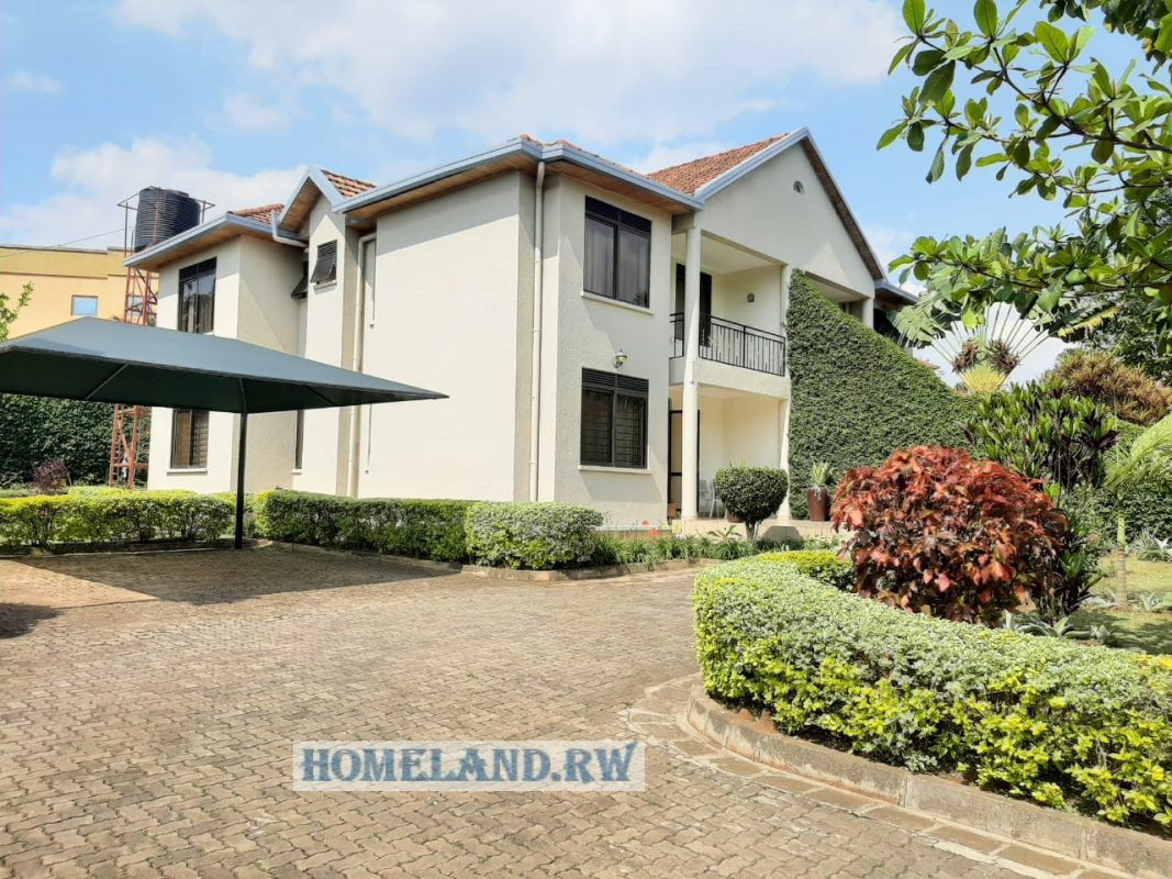 FULL FURNISHED HOUSE FOR RENT AT GACURIRO