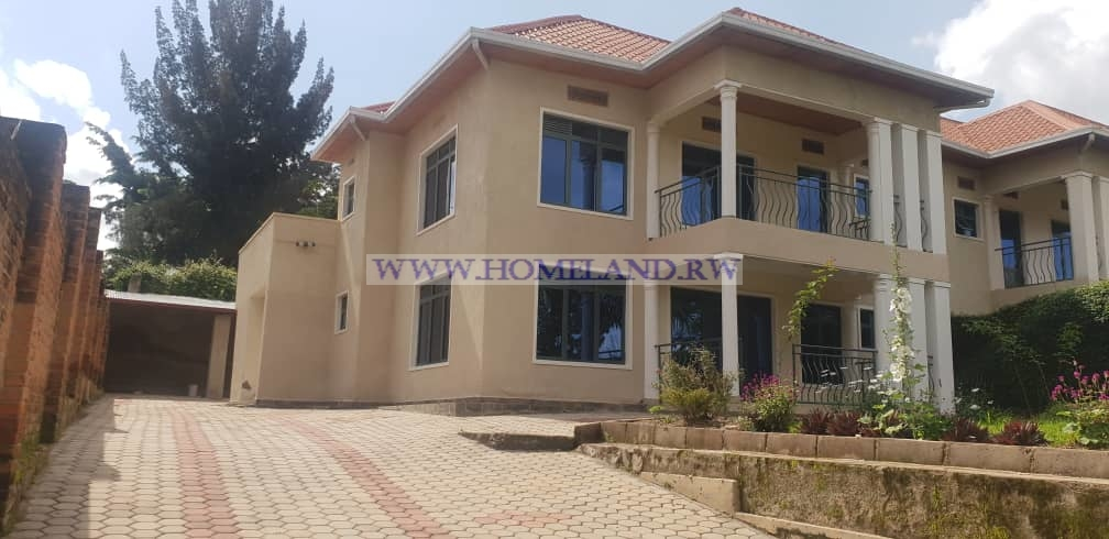 FULL FURNISHED HOUSE FOR RENT IN KIMIHURURA
